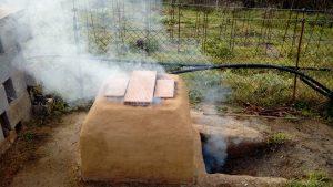 el forn per ceràmica en funcionament
