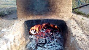 pujant el foc al forn per ceràmica